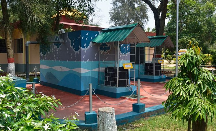 Rainwater harvesting system at Digha Science Centre, East Midnapore (Image: Flickr Commons)