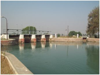 The canal that will provide water to the Gorakhpur plant, has a water allocation of 320 cusecs
