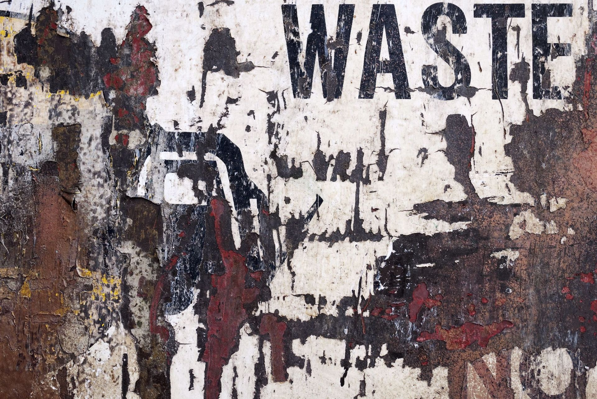 The country's waste management systems are creaking under pressure (Image: Grant Hutchison; Flickr Commons, CC BY-NC-ND 2.0)