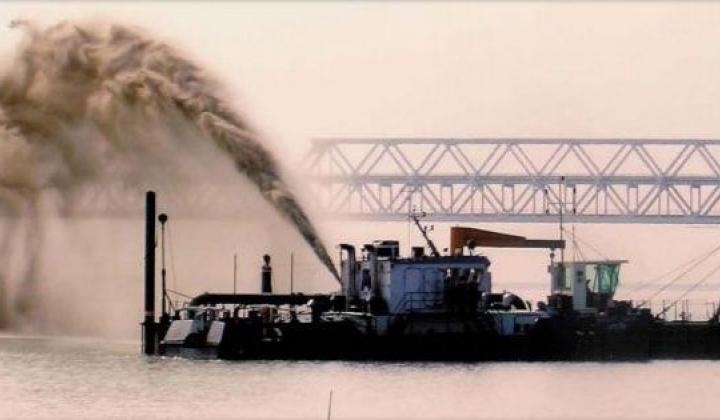 Dredging in progress on National Waterway-1 (Image: IWAI)