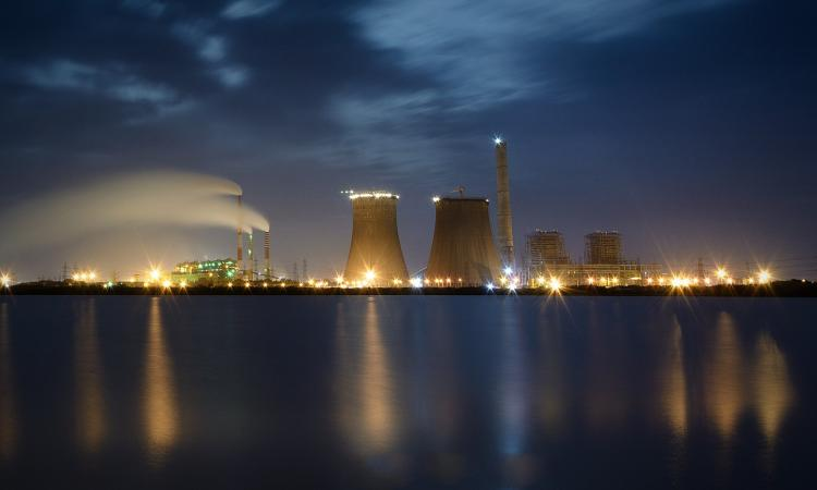 Tuticorin power plant in Tamil Nadu (Image: Ram Kumar, Wikimedia Commons; CC BY-SA 2.0)